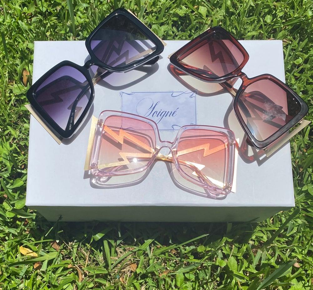 Glasses / Shades